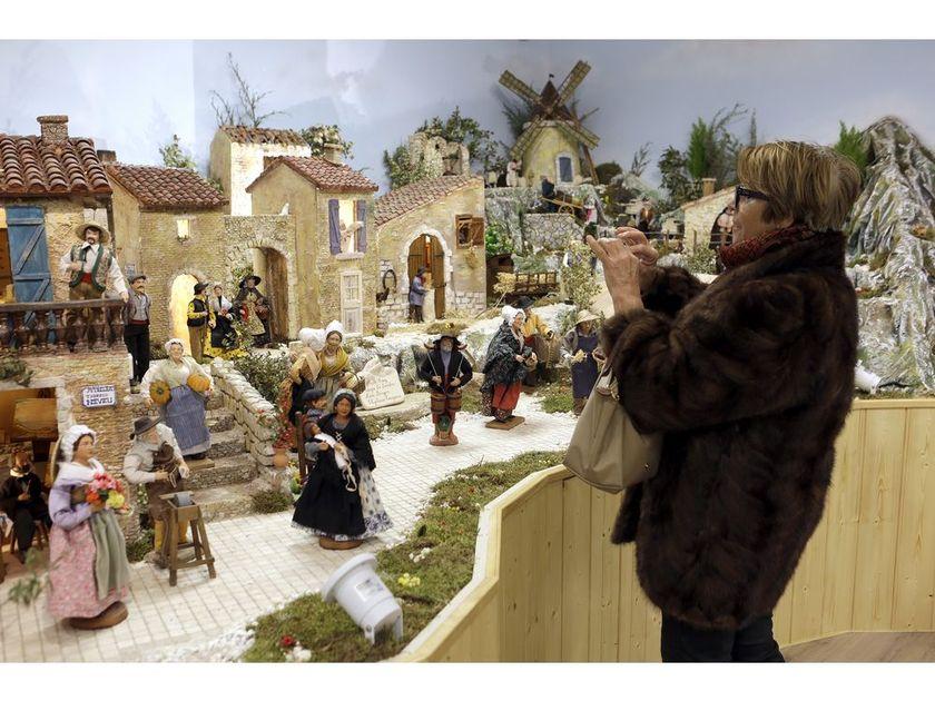 aubagne France christmas display