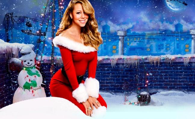 Santa sang julemusikk