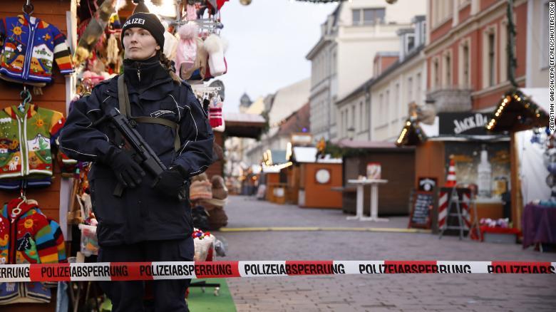mercado navideño alemán evacuado