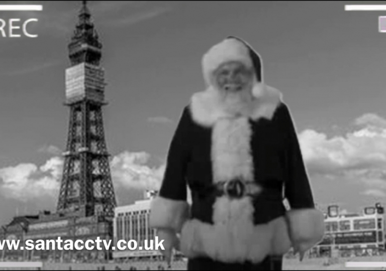santa caught on santa cam blackpool tower