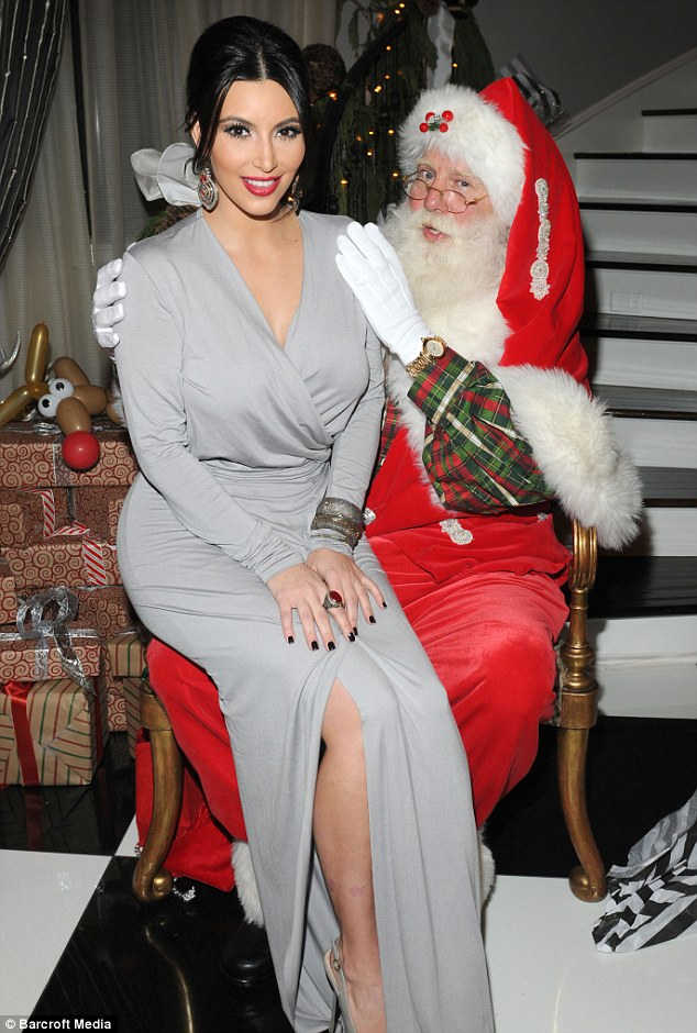 Kim Kardashian y Santa