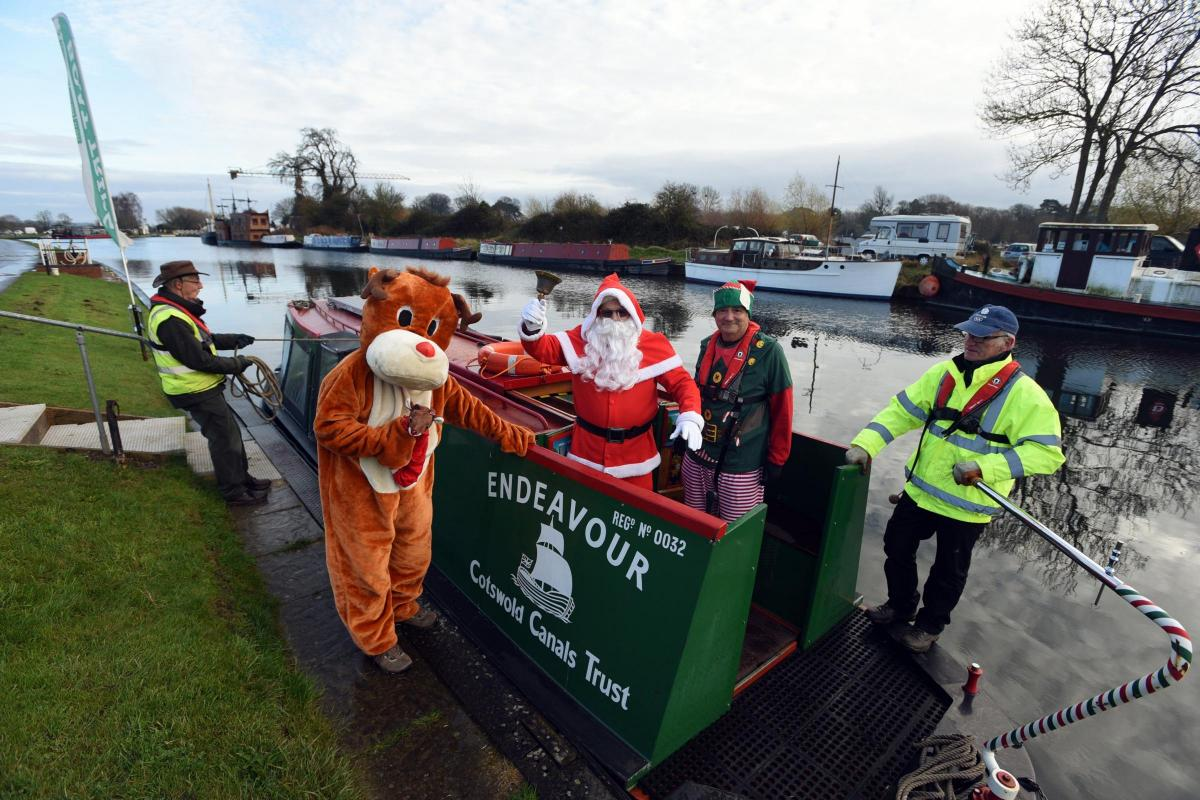 Santa Claus op Canal Boat