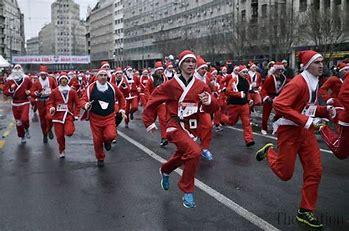 Санта-Клаус бежит за выборами, пойманными на Санта-Кэм