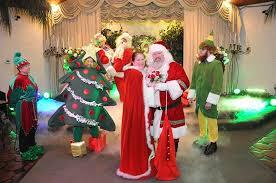 Santa Claus fanget på Santa Cam ved bryllup