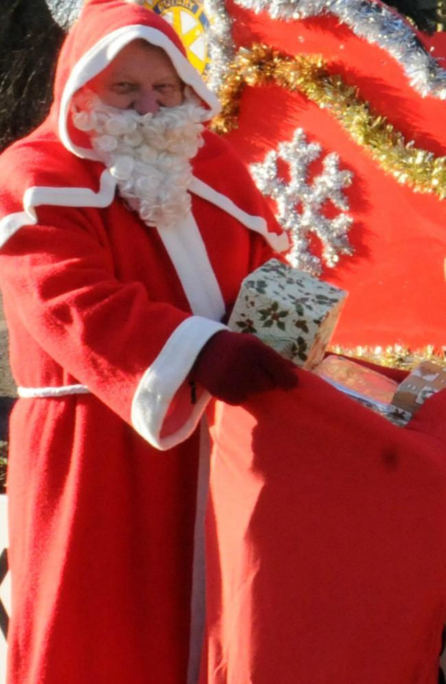 Święty Mikołaj odwiedza hospicjum